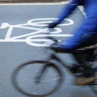 Commuting by walking or cycling 'can boost mental wellbeing'